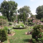 jardin rose en 5 massifs